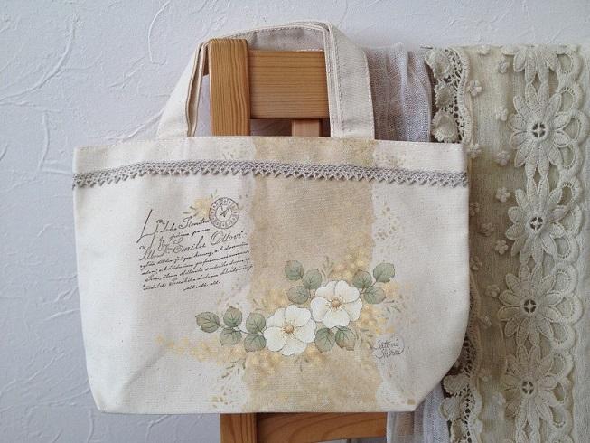 野バラとミモザのトートバッグ